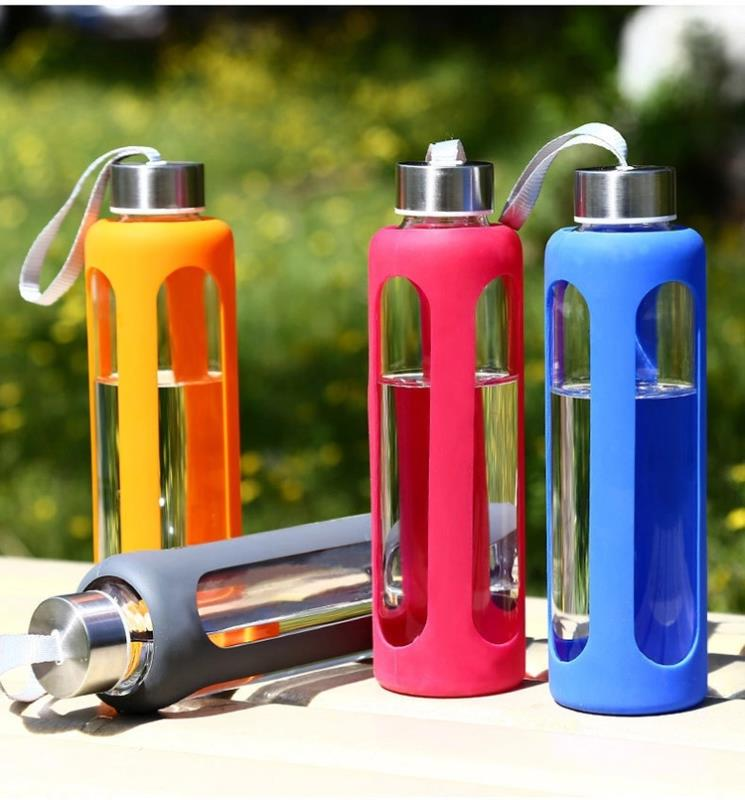 550ML portable glass water bottle with silicone sleeve