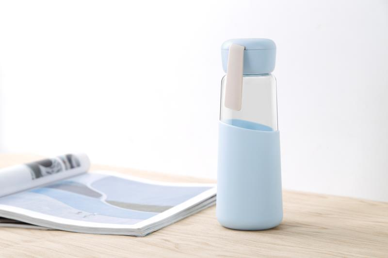 400ml Glass Water Bottle With Silicone Sleeve